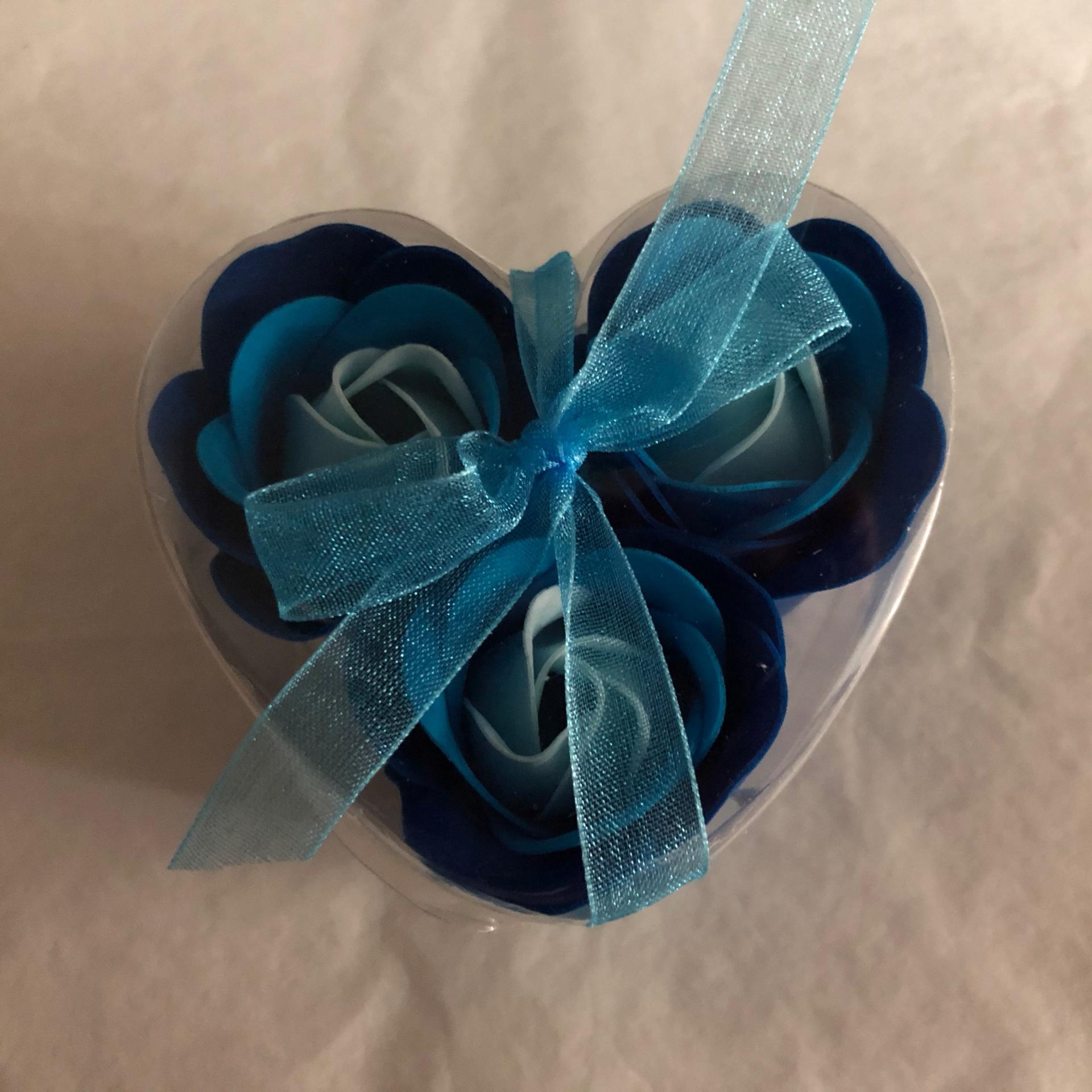 Boutons de rose x3 bleu