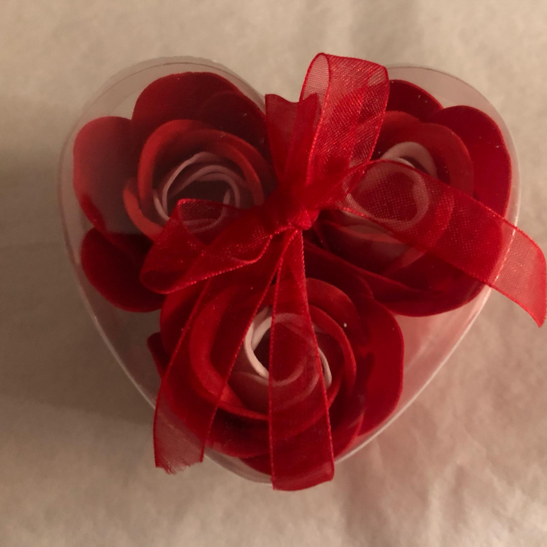 Boutons de rose x3 rouge