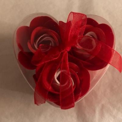 Boutons de rose de savon x 3 rouge