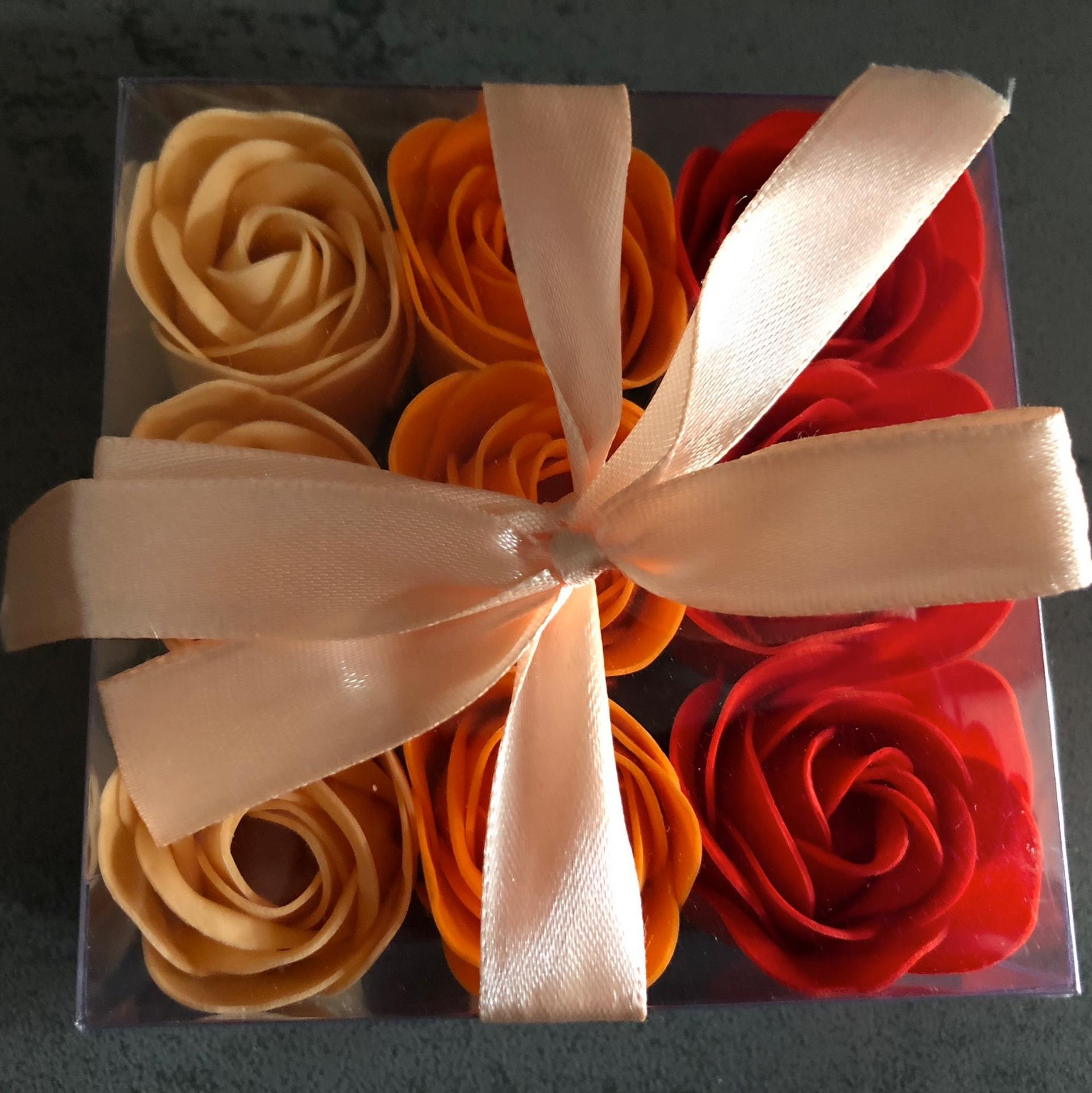 Boutons de rose x9 orange