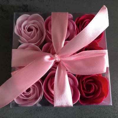 Boutons de rose de savon x 9 Rouge