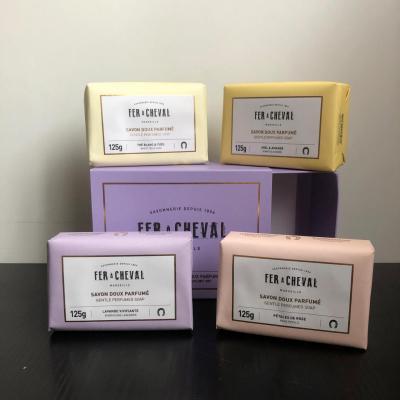 Coffret de 4 savons doux parfumés 125Gr