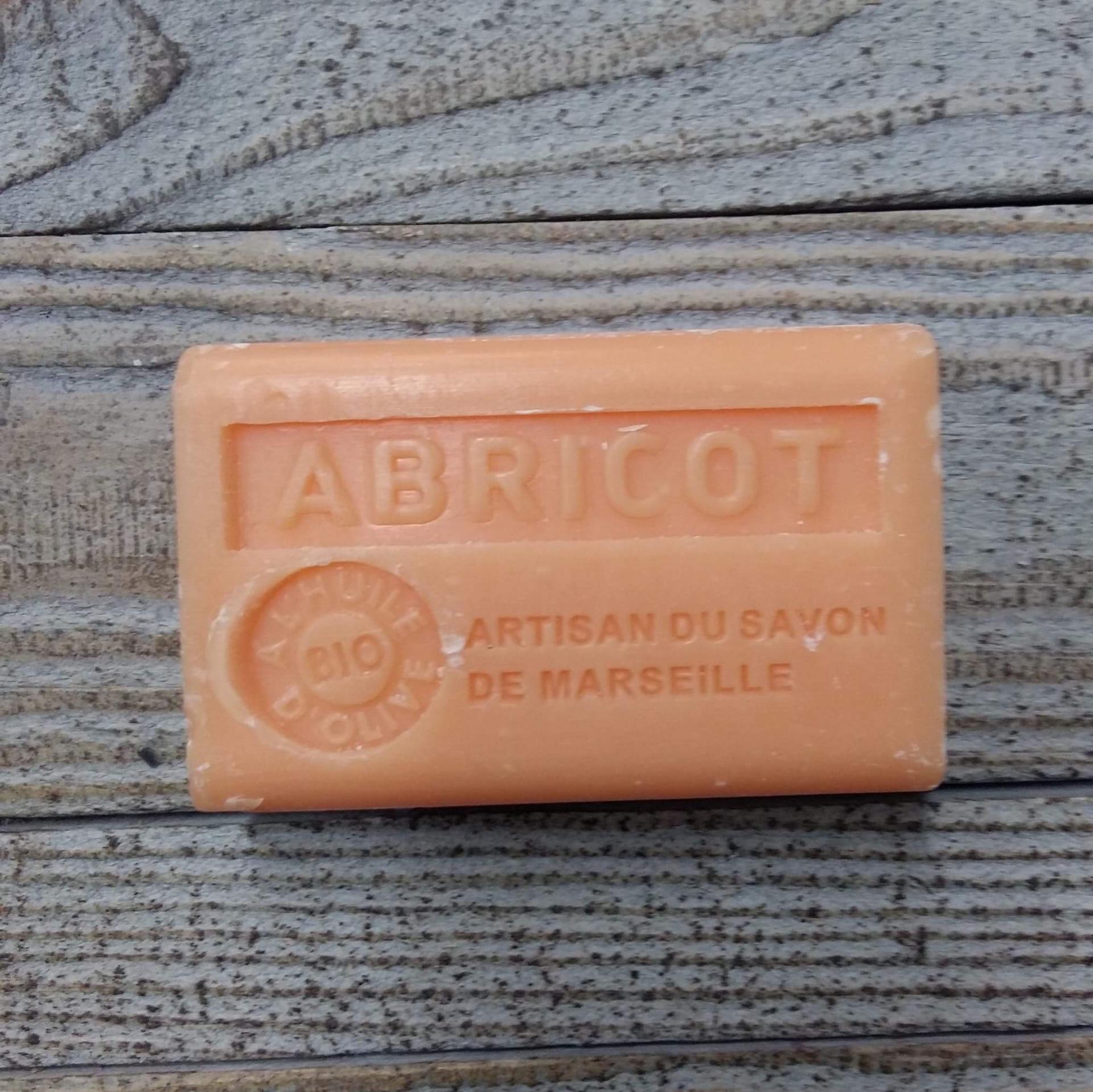Savon de marseille 125 gr abricot 1